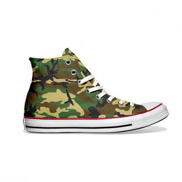 Converse-Chucks-bedruckt-mit-camouflage-rechts-außen