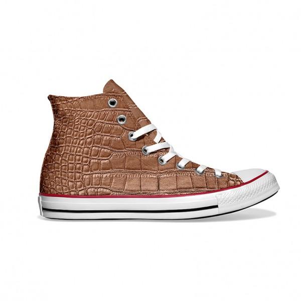 Converse-Chucks-bedruckt-mit-krokodil-rechts-außen