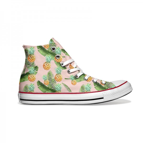 Converse-Chucks-bedruckt-mit-ananas-rechts-außen