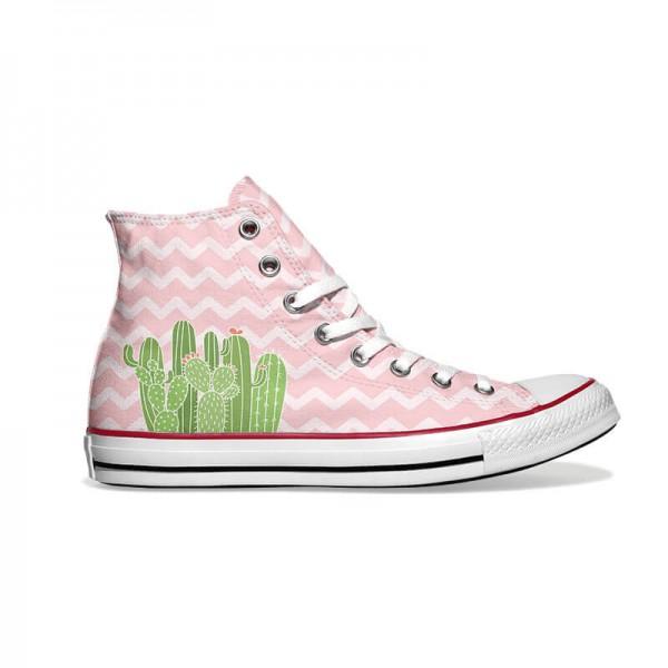 Converse-Chucks-bedruckt-mit-pink-kaktus-rechts-außen